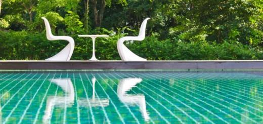 swimming-pool-882x584