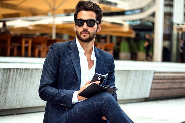 b5e8ca74ecdf9 Porady dla panów: jak być w zgodzie z biznesowym dress code i samym ...