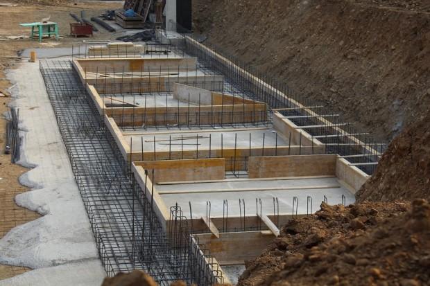 foundations-1799115_960_720