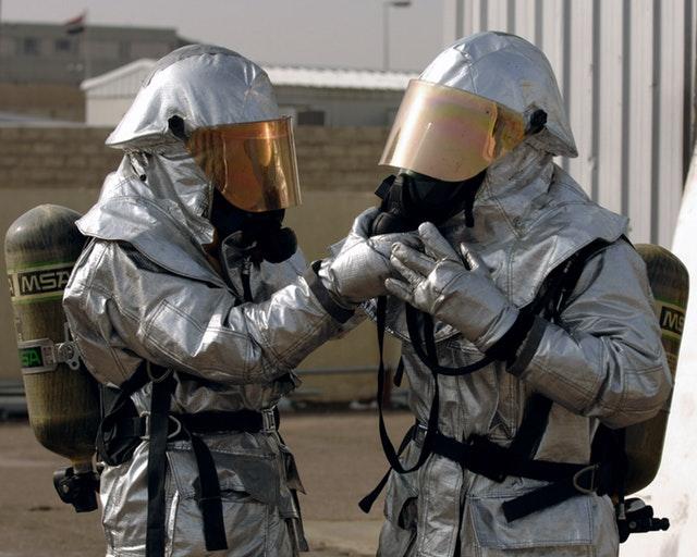 breathing-apparatus-dangerous-equipment-36429