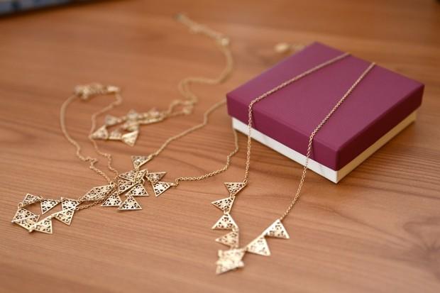 jewellery-2412842_960_720